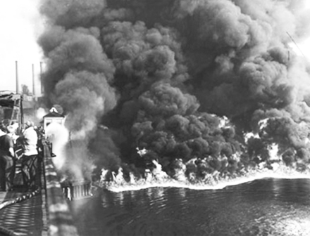 1969-Cuyahoga River on fire, Cleveland Ohio